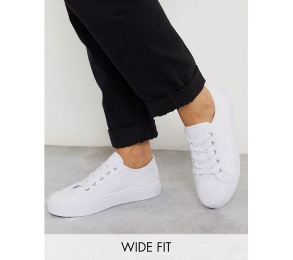 DESIGN Wide Fit Dizzy lace up trainers in white